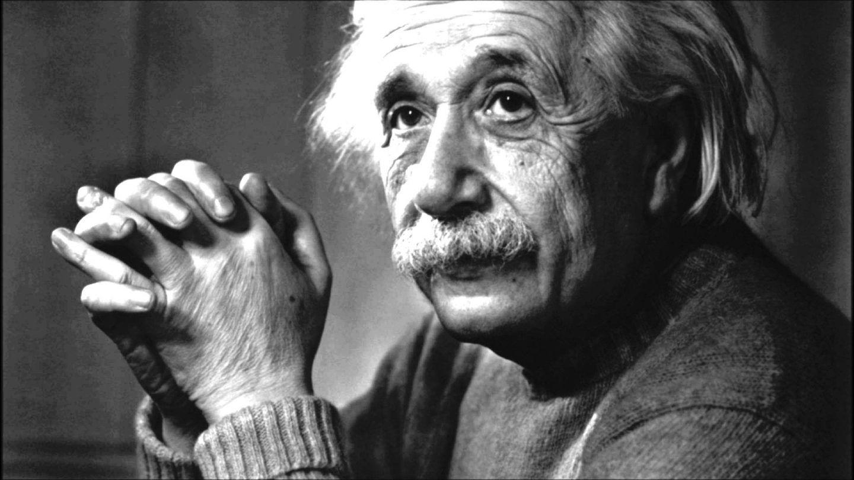 «هل يُصلي العلماء؟» اقرأ جواب أينشتاين عن سؤال طفلة