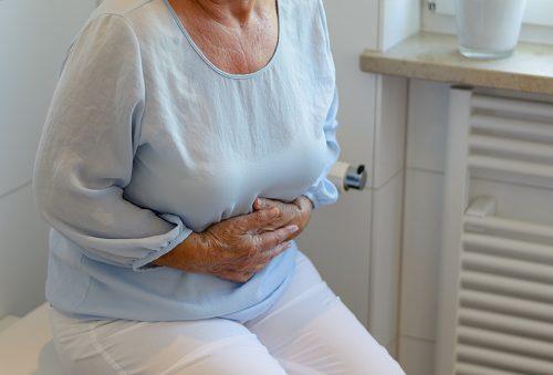 الألم الشرسوفي: الأسباب والعلاج - الألم أو الانزعاج في أعلى البطن تحت الأضلاع مباشرة - حرقة فم المعدة (حرقة الفؤاد) والانتفاخ والغازات
