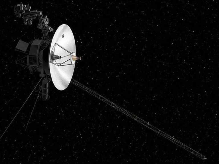 المركبة فوياجر 2 ترصد زيادة في كثافة الفضاء خارج المجموعة الشمسية - البيانات التي ترسلها المركبة الفضائية فوياجر 2 إلى الأرض - كثافة البلازما