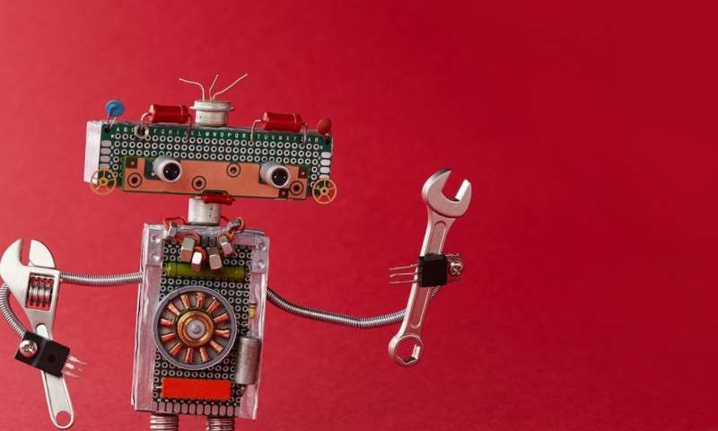 خمس وظائف جديدة للبشر عندما تغزو الروبوتات العالم