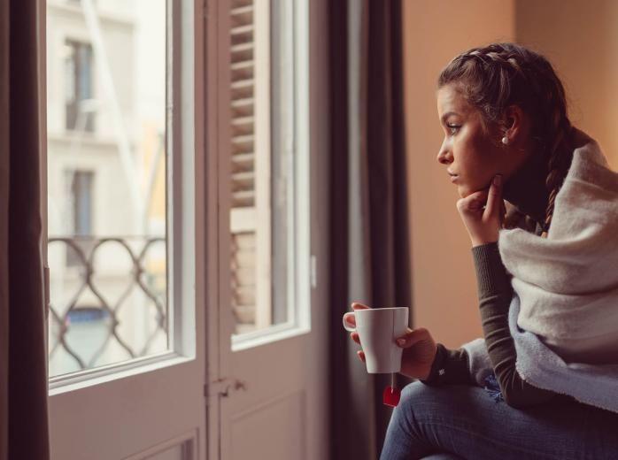 متلازمة التعب المزمن: الأسباب والأعراض والتشخيص والعلاج