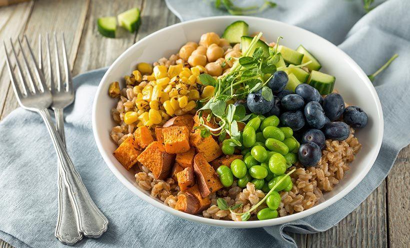 هل يؤثر الإفراط بتناول الدهون على صحتك العقلية؟