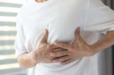 خراج الرئة: الأسباب والأعراض والتشخيص والعلاج إنتان (خمج) جرثومي يصيب نسيج الرئة الإفراط في شرب الكحول أسباب الخراج الرئوي