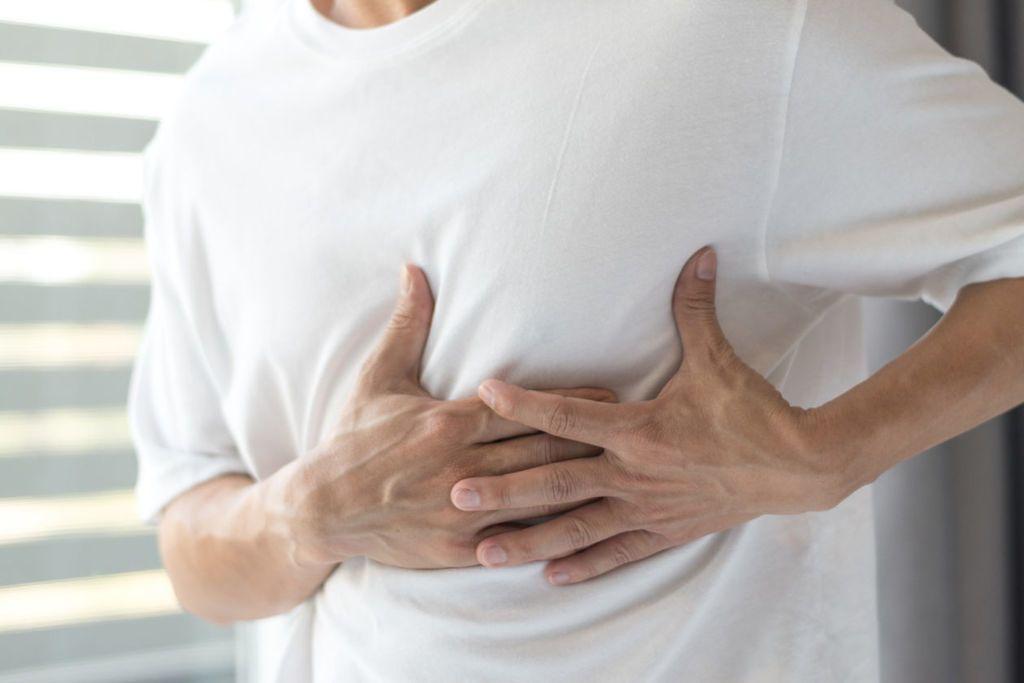خراج الرئة: الأسباب والأعراض والتشخيص والعلاج
