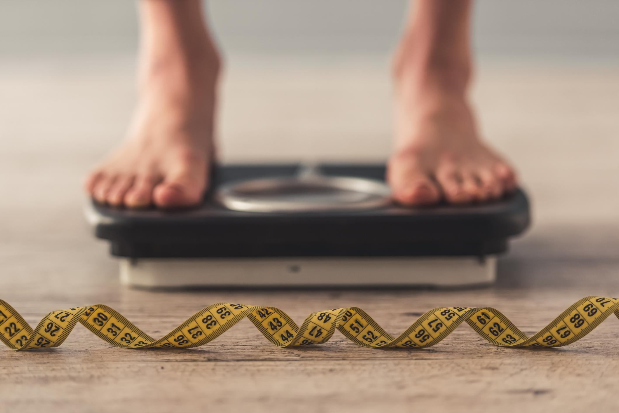 لماذا تصعب خسارة الوزن وفقًا للعلم - السعرات الحرارية التي تحتاج إليها - الوزن الذي ترغب في الحصول عليه - فقدان الوَزن بمرور الوقت