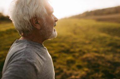 حمية وتمرين ووزن صحي = عقد جديد يضاف إلى عمرك - تجنب التدخين والبدانة - عيش حياة طويلة خالية من الأمراض - الإقلاع عن التدخين - التمارين