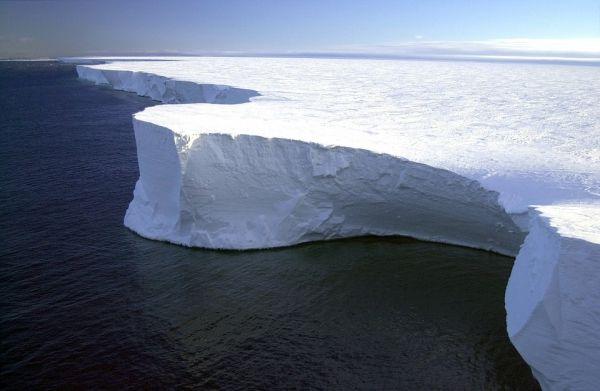 سرعة ذوبان جليد القارة القطبية الجنوبية لا يمكن توقعها - هل يمكن للعلماء معرفة السرعة التي يذوب بها جليد القطب الجنوبي - الصفائح الجليدية