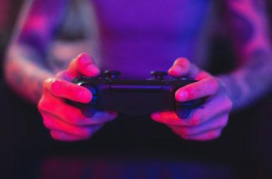هل تؤثر ألعاب الفيديو العنيفة في الصحة العقلية للمراهقين؟ تأثير ألعاب الفيديو التي تحتوي على العنف على الصحة العقلية للمراهقين