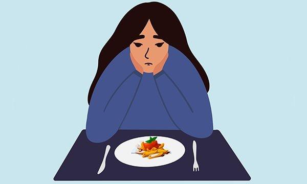هل عادت أعراض اضطراب الأكل لديك؟ قد يكون أحد الأسباب تفشي وباء الكورونا
