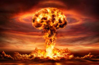 سباق التسلح النووي العالمي خلال الحرب الباردة - كيف تطورت القنبلة الذرية على مر السنين؟ - تطوير الأسلحة النووية خلال الحرب الباردة