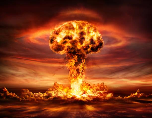 تاريخ القنبلة الذرية