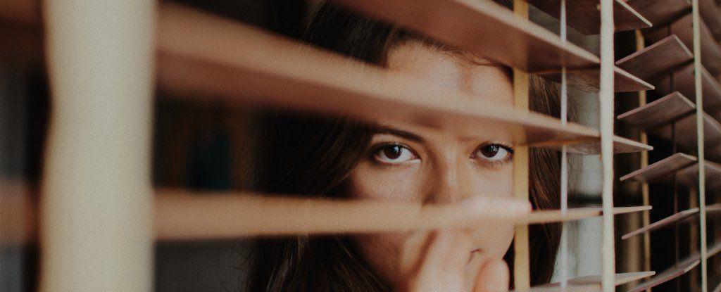 لماذا يبحث عقلك دائمًا عن اختلاق المشاكل ؟