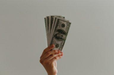 لماذا يدفع بعض الرجال المال مقابل الجنس - هل يحصل الذين يدفعون لقاء الجنس على أشياء أخرى من تجربتهم الجنسية - ما هو الجنس المدفوع
