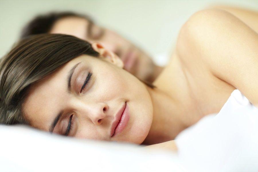 هل تؤثر عادات النوم على العملية الجنسية ؟