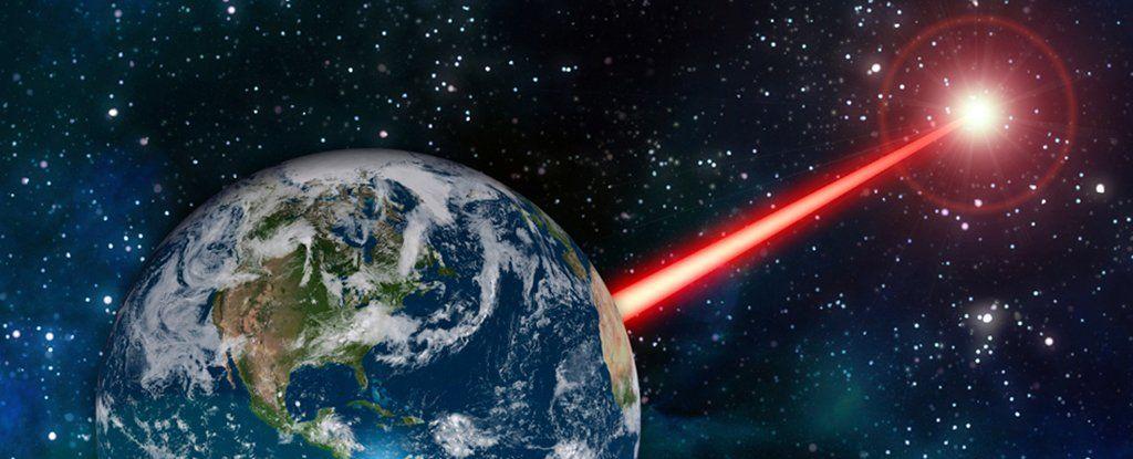 بإمكاننا استخدام الليزر لجذب انتباه الفضائيين نحو الأرض