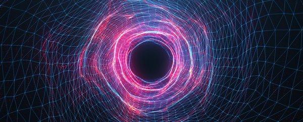 نتائج جديدة من مصادم الهدرونات الكبير تتطلب فيزياء جديدة لتفسيرها