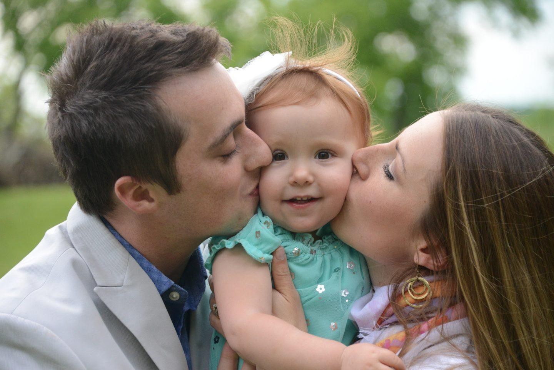 ماذا يحدث عندما يسيء الأهل معاملة أبنائهم بدلًا من تقديم الحب؟
