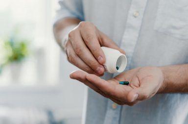 قريبًا سيصبح شراء أدوية فيروس الإيدز دون وصفة طبية ممكنًا الوقاية من فيروس عوز المناعة البشرية الوقاية الأولية أو الوقاية السابقة للتعرض PrEP