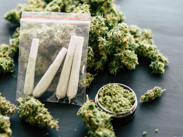 ما هي الآثار الجسدية والنفسية لتعاطي الماريجوانا ؟