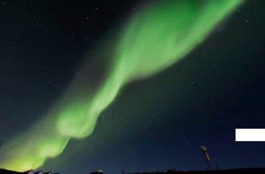 رصد توهج أخضر مذهل في الغلاف الجوي للمريخ - توهج أخضر باهت، ناتج من التفاعل بين ضوء الشمس والأكسجين في الطبقات العليا من الغلاف الجوي
