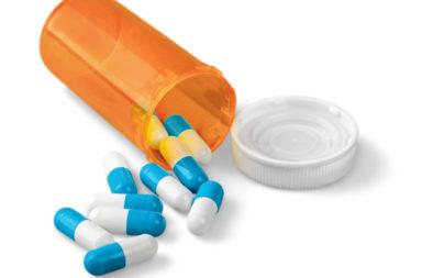 دواء يقلل إفراز حمض المعدة مما يساهم في علاج داء الجزر المعدي المريئي - دواء النيزاتيدين: الاستخدامات والجرعات والتأثيرات الجانبية والتحذيرات