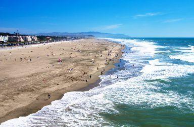 هل مستوى سطح البحر ثابت في جميع أنحاء الكرة الأرضية مستوى سطح الماء حول العالم ماء البحر ماء المحيط المستويات المرتفعة للمياه