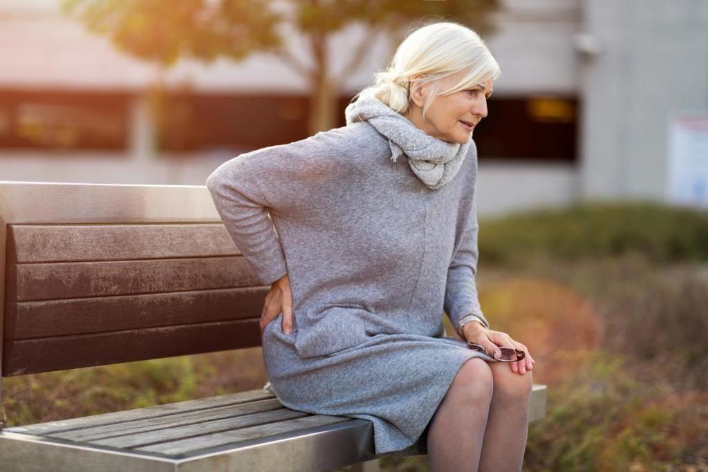 تحليل العلاقة بين العجز الجسدي وآلام الظهر يمكن أن يكشف عن علاقة آلام الظهر بالموت
