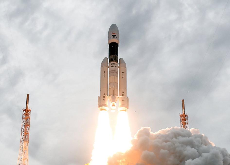 شاندريان-2.. كيف تمكنت الهند من إنشاء مركبة فضاء اقتصادية؟