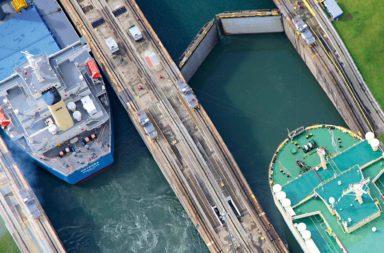 قناة بنما: لمحة تاريخية - ممر مائي يصل ما بين المحيط الأطلسي والمحيط الهادئ - الممر المبني على برزخ بنما - معبر بنما بين المحيطين الهادي والأطلسي