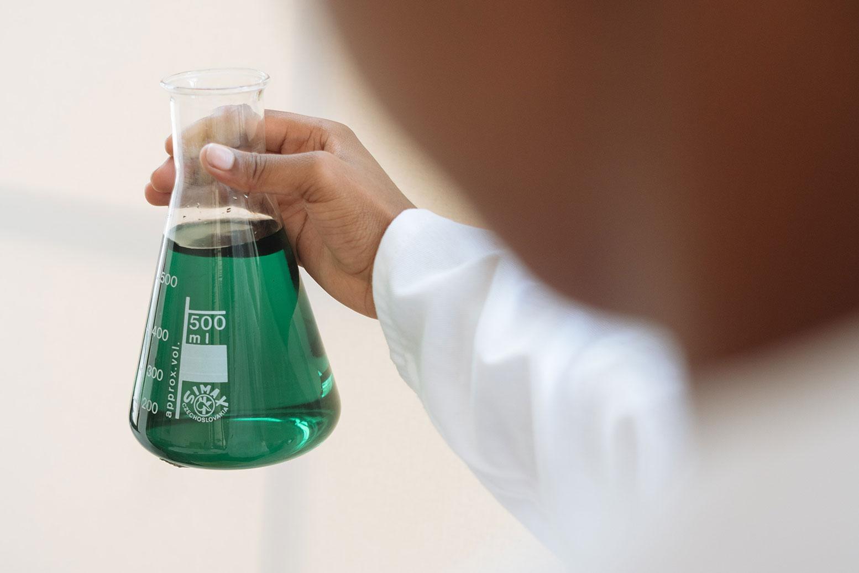 دواء الديكستران: الاستخدامات والجرعات والتأثيرات الجانبية والتحذيرات - ما هو الديكستران عالي الوزن الجزيئي؟ - علاج النزف الشديد