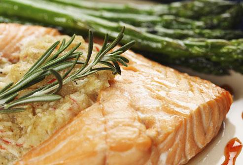 خمسة وعشرون نوعًا من الطعام لمكافحة الشحوم - أنواع الطعام التي تساعد على مكافحة الدهون - أغذية تساهم في حرق الدهون - أطعمة لخسارة الوزن