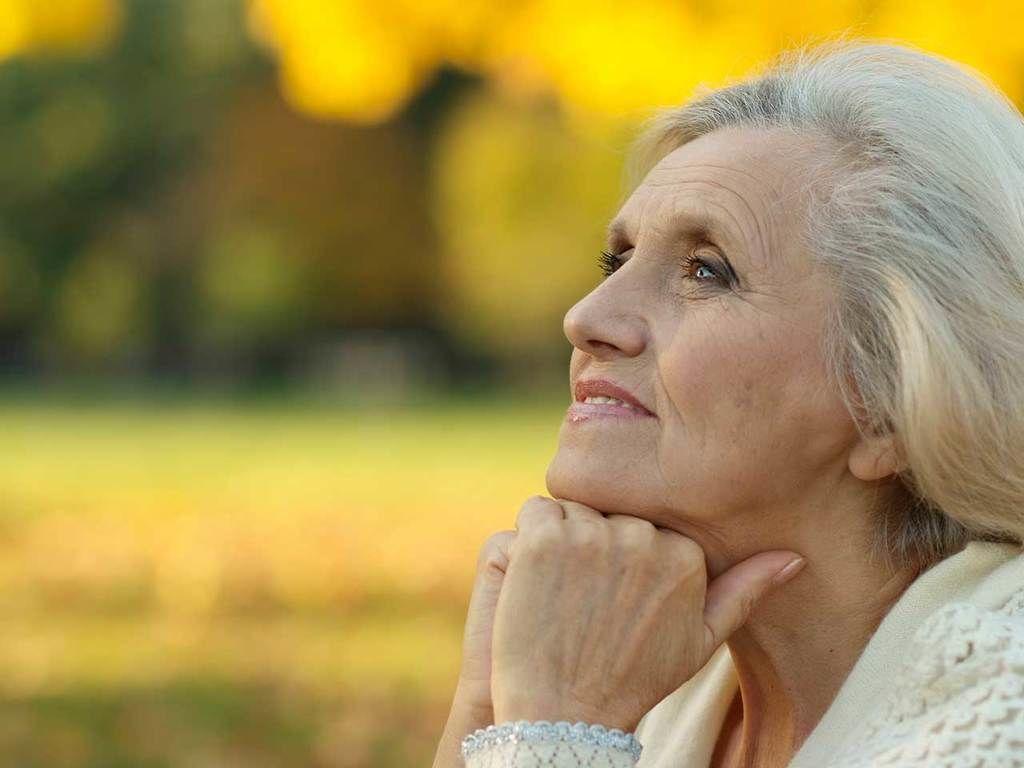 ما هي الأخطار التي قد يشير إليها النزف بعد سن انقطاع الطمث؟
