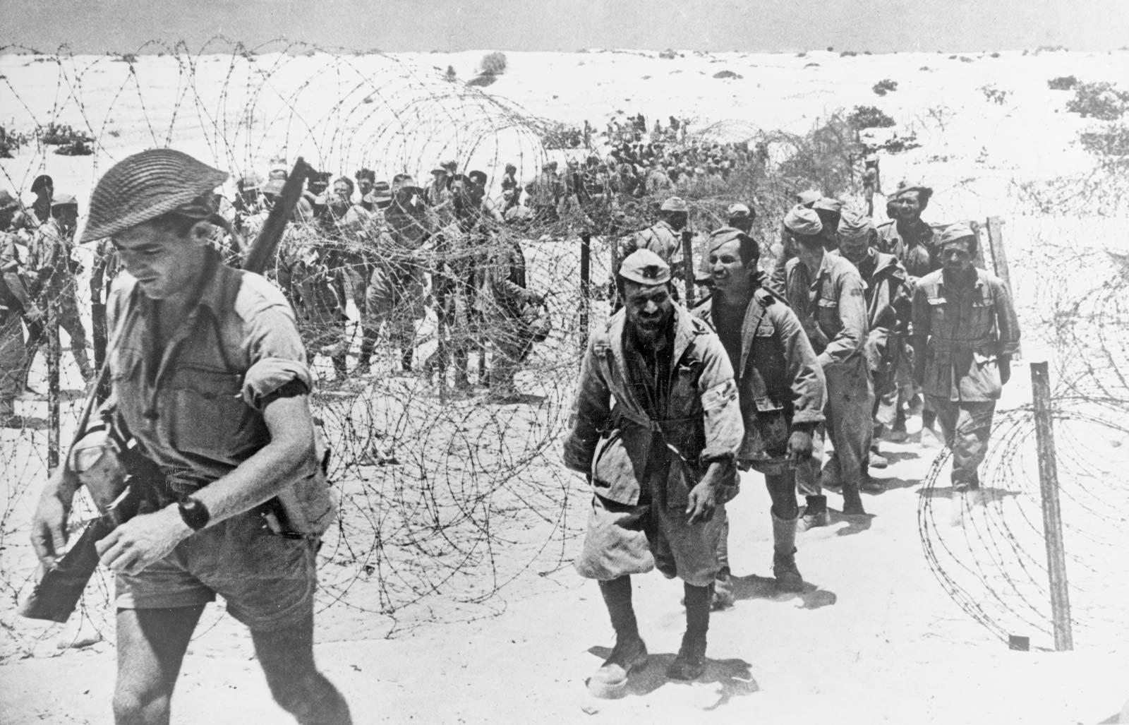 معركة العلمين - هزم الجيش البريطاني الثامن قوات المارشال الألماني - قيادة الجيش البريطاني الثامن في شمال إفريقيا - السيطرة على قناة السويس
