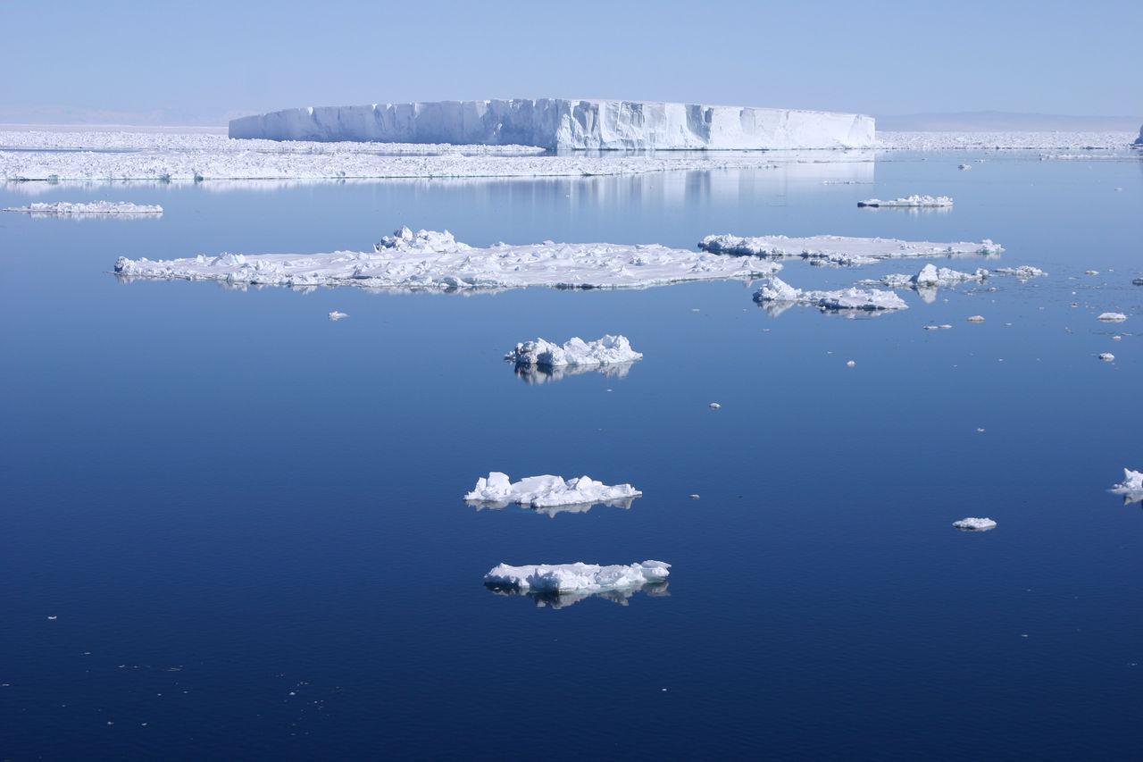 كيف ظهرت المياه على سطح الأرض ؟
