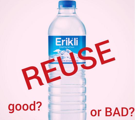 هل من الآمن إعادة استخدام عبوات المياه البلاستيكية؟