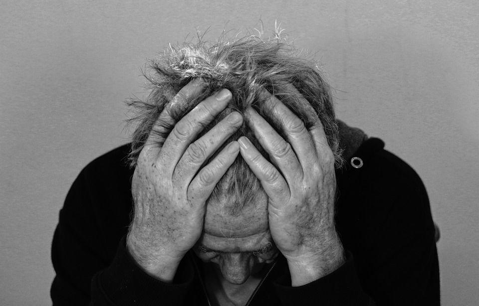 مراحل الحزن: ما مدى صحتها علميًا؟