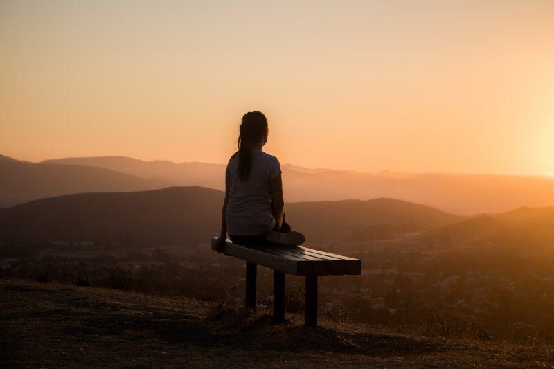 كيف نتعامل مع الفراغ الذي خلفه شخص عزيز فقدناه؟