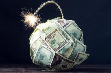 ما هي أزمة العملة - انخفاض مفاجئ وحاد في قيمة العملة الوطنية - تقلب في الأسواق وفقدان الثقة في اقتصاد الدولة - الحكومات أو المصارف المركزية
