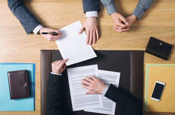 ما هو البيع المقيد - هل البيع المقيد ممارسة غير قانونية؟ - البيع المرتبط بالإجبار - ممارسات البيع الخاصة بربط أو حزم المنتجات