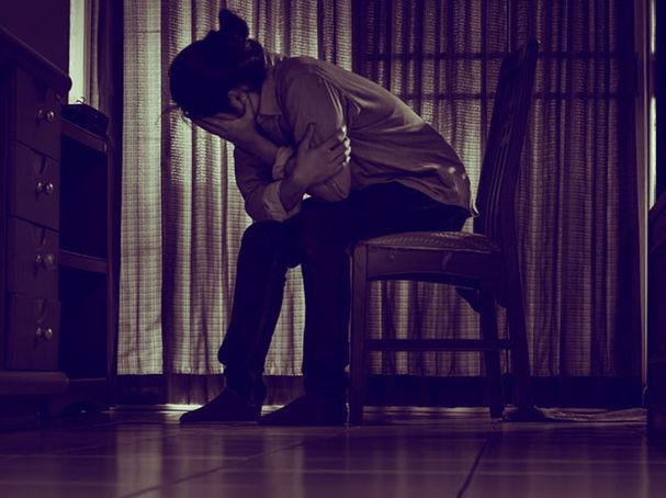 كيف تتعافى من صدمة الموت المفاجئ لأحد أحبائك - الموت المفاجئ يهدم إحساسنا بالأمان - التصالح مع الأقدار - تقبل فقدان الأحبة