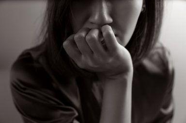 اضطراب القلق المعمم الكآبة الإصابة بالاكتئاب الأسباب العلاج التشخيص التوتر سهولة الإصابة بالفزع والخوف صعوبة في النوم العلاج بالأدوية