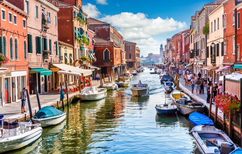 لمحة تاريخية عن مدينة البندقية