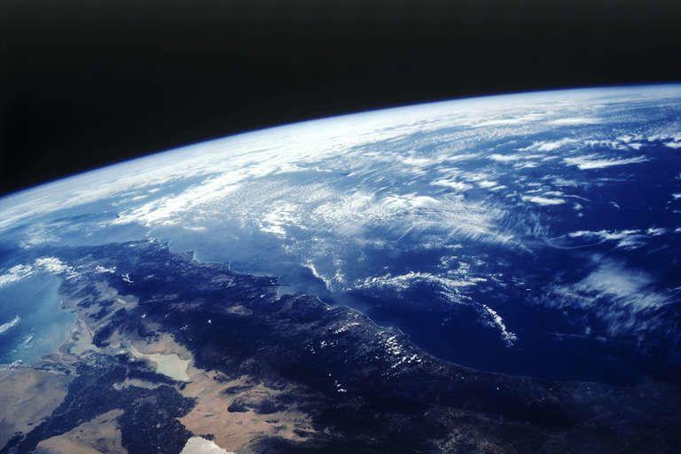 على مدار تاريخ البشرية، لم يكن الغلاف الجوي مشابهًا لما هو عليه اليوم