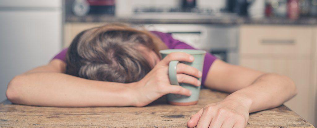إن كنت تنام ست ساعات أو أقل ليليًا.. فعليك الانتباه لصحتك