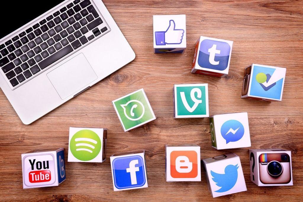 وسائل التواصل تدمر علاقاتنا الاجتماعية