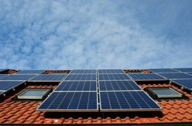 أستراليا تحطم رقمًا قياسيًا كبيرًا في نصب سقوف الألواح الشمسية الجديدة - الريادة في استغلال الألواح الشمسية على الأسطح المنزلية - مصادر الطاقة المتجددة