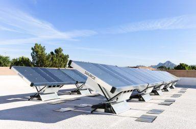 اختراع جديد في مجال الطاقة الشمسية بإمكانه تزويد الكهرباء والمياه النظيفة للملايين استخدام الألواح الشمسية في تنقية المياه