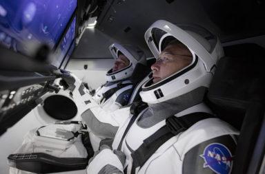 هل يمكن بدلة الفضاء أن تبقيك حيًّا على سطح القمر للأبد؟ تحديات البقاء حيًا على سطح القمر - العناصر اللازمة للعمل والحياة في الفضاء