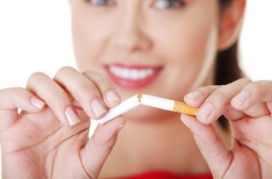 زيادة خطر الإصابة بسرطان الثدي لدى النساء قبل سن اليأس نتيجة التدخين - هل يزيد التدخين من خطر الإصابة بسرطان الثدي - التّدخين وسرطان الثدي