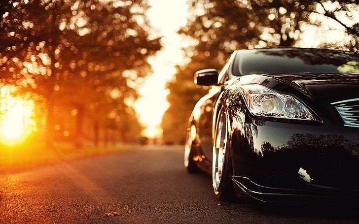 هل تصبح السيارات السوداء أكثر سخونة في الصيف من السيارات البيضاء ؟